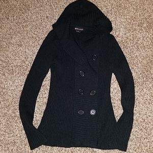 Sweaters - Black hooded sweater